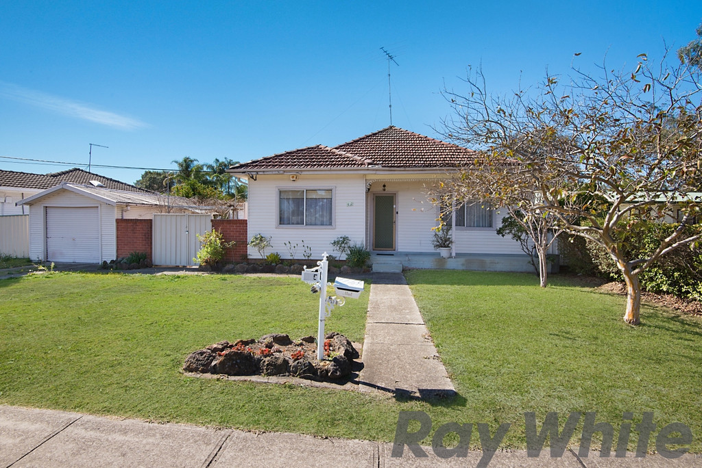SOLD BY FRED KHURANA 0414074 915